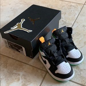 Brand new Jordan kid shoes sz4 NWT